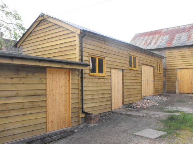 Outbuildings can be restored and rented as rural offices or workshops